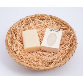 Luxusní mýdlo s medem a vločkami v krabičce